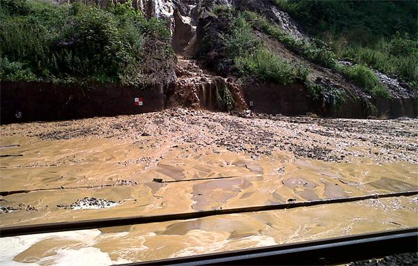 Sutton Guardian: Pictures from the scene of a mudslide on a rail line in Croydon.