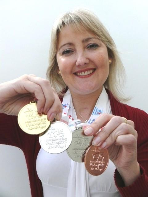 Double lung transplant patient Lisa Muscutt wins gold