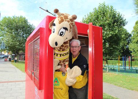 You're having a Giraffe: The U's mascot Jenny gets locked in a box