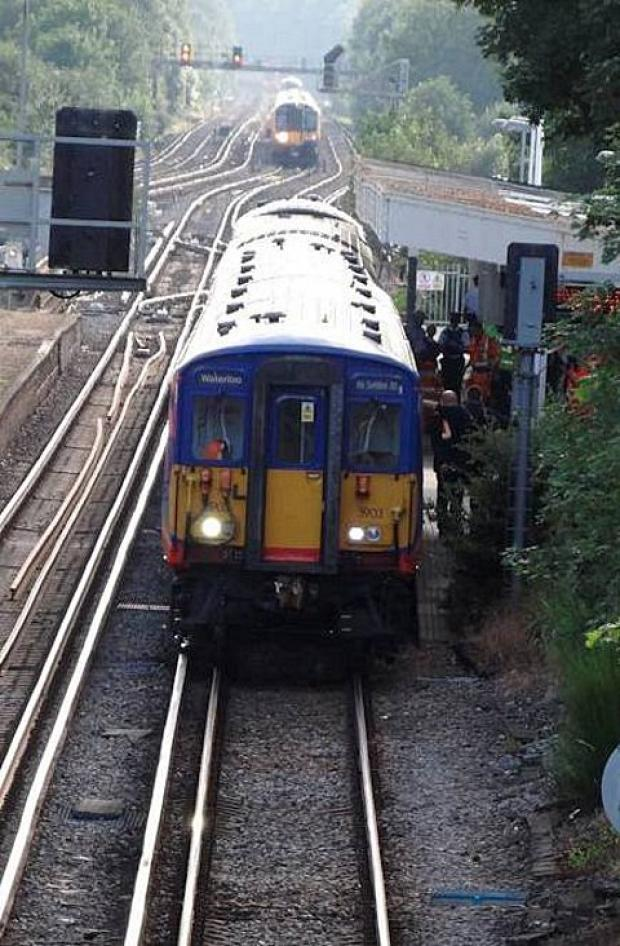 Signal fault between Dorking and Horsham caused rush hour delays this morning