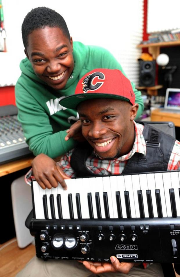 Richard Abiona, AKA Fuse ODG, with friend Andrew Hackett