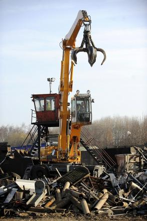 Scrap dealers can no longer give cash payments for metal