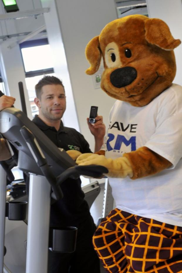 Go-Gym in Sutton will take unwanted mobiles to help Radio Marsden appeal
