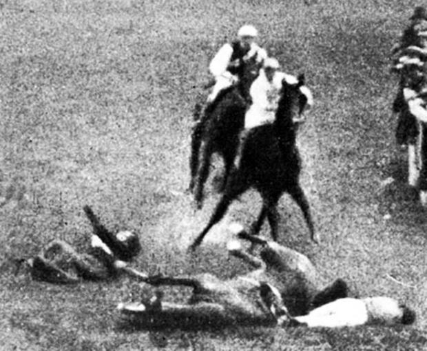Sutton Guardian: Emily Wilding Davison's brutal death at the 1913 Derby