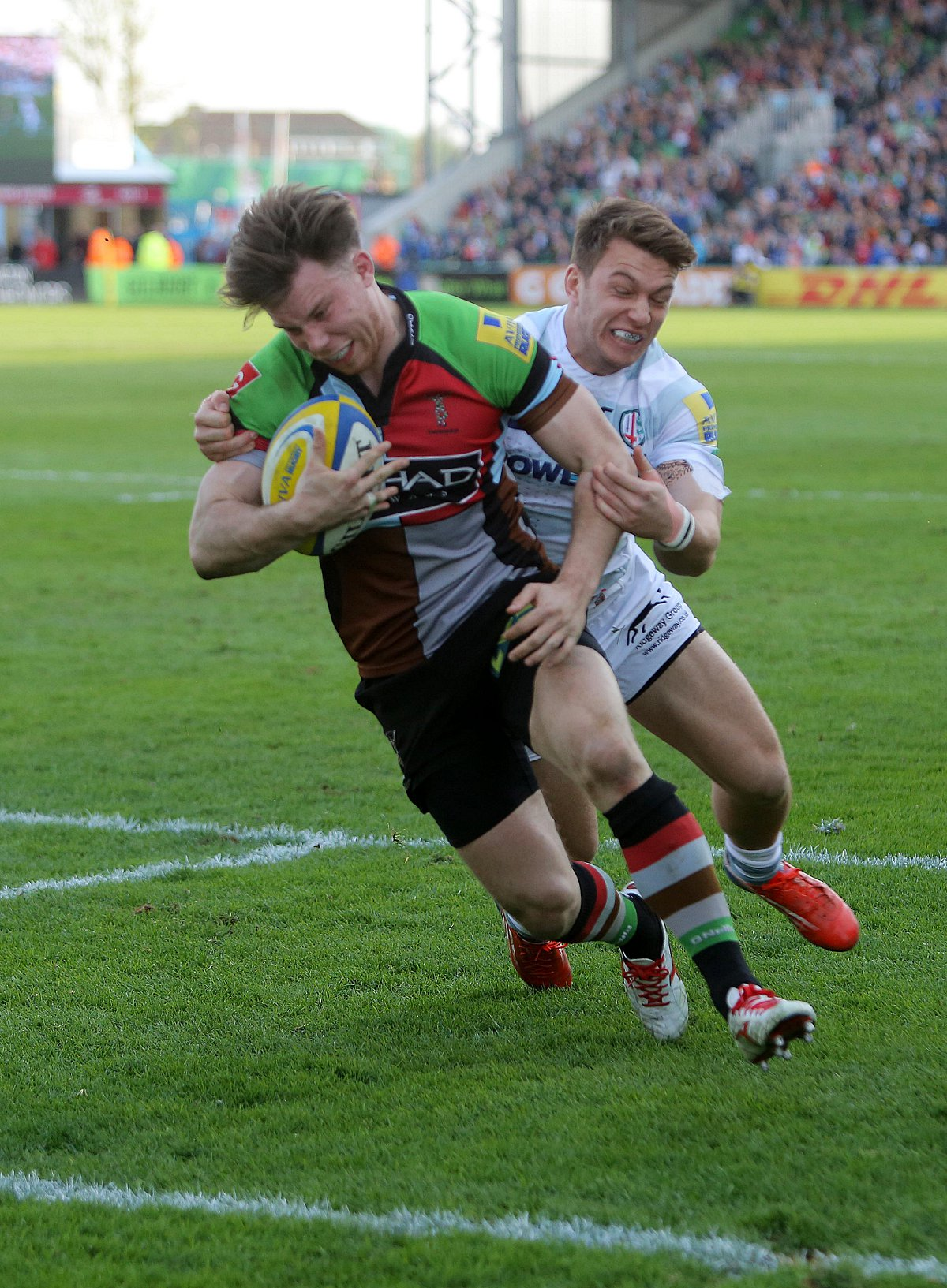 Quins beat Irish to keep Premiership hopes alive