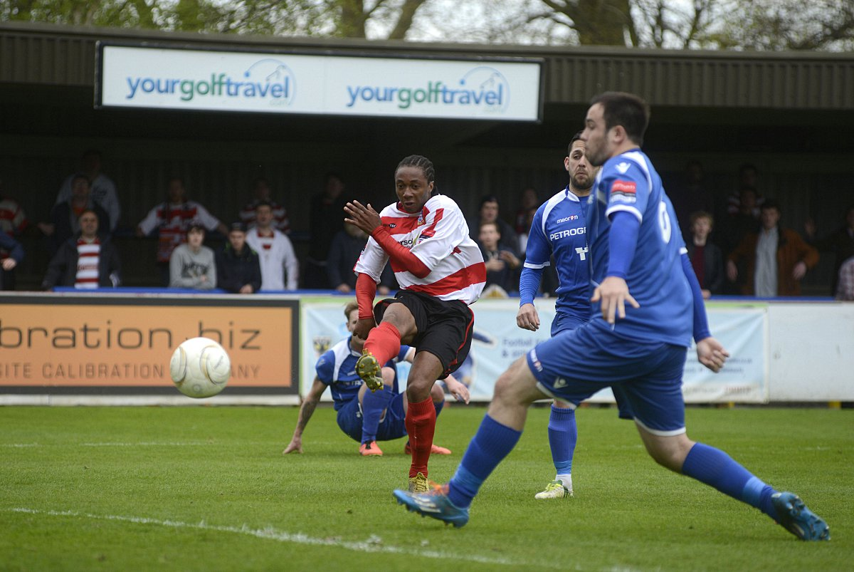 Bang: Dee Okejie's scores the Ks winner over Lowestoft on Saturday            DeadlinePix: BT84434