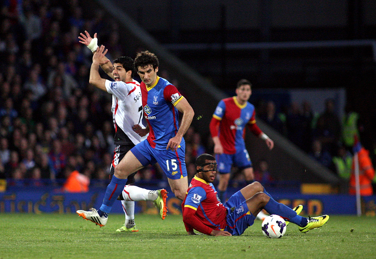 Sutton Guardian: Luis Suarez appeals for handball against Adrian Mariappa