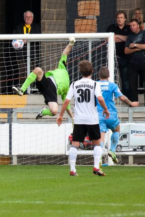New man: Alan Julian in action for Dartford last season           SP79603