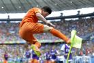 Holland through to last 16 after dramatic last gasp win over Mexico