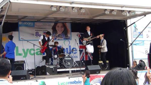 The band performing in Mitcham