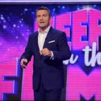 Sutton Guardian: Bradley Walsh hosts new game show Keep It In The Family (ITV)