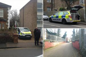 Sutton Guardian: Neighbours describe dramatic police stand-off in Bridge Road, Wallington before man 'shot himself dead'