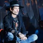 Sutton Guardian: Johnny Depp duetted with Kris Kristofferson at Glastonbury